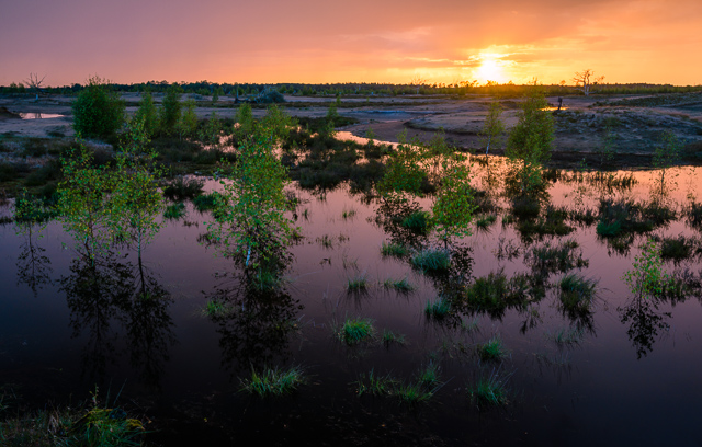 kleurrijke zonsondergang over de strabrechtse heide